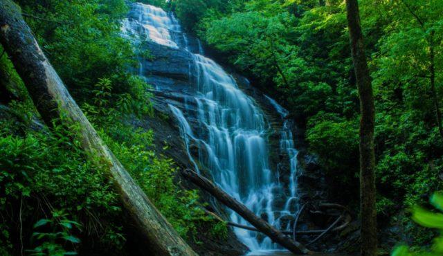 photo of Kings Creek Falls