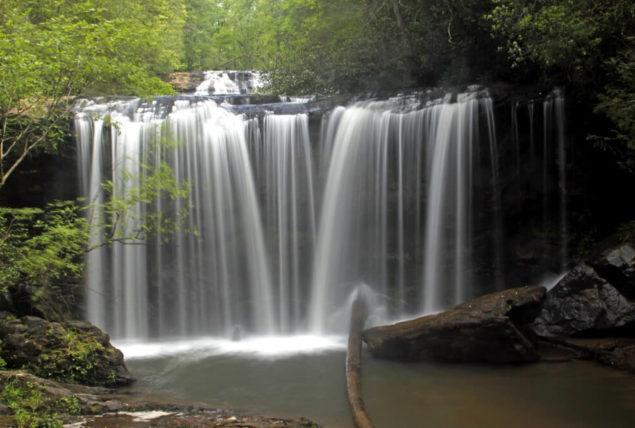 photo of brasstown falls