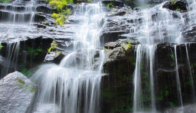 picture of issaqueena falls