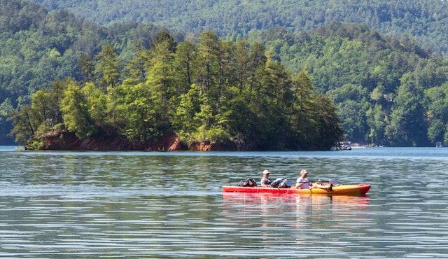photo of kayakers on lake jocassee