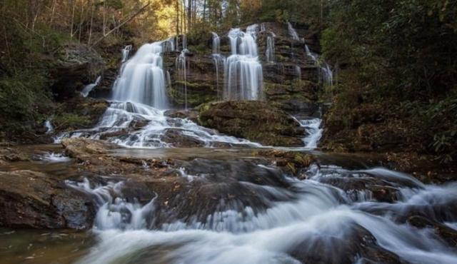 photo of Long Creek Falls credit @beancountess1