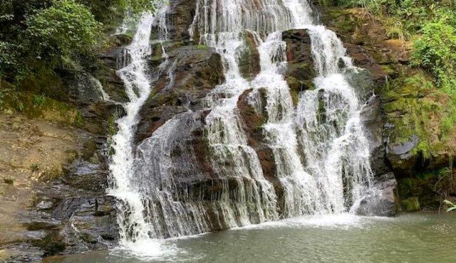 photo of upper brasstown falls