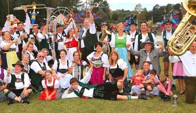 group photo during Walhalla Oktoberfest